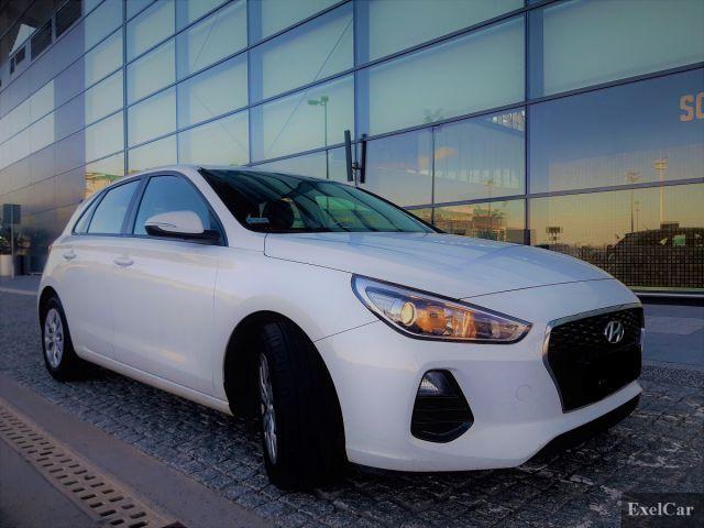 Wynajmij Hyundai i30 | Wypożyczalnia Samochodów Exel |